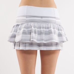 Lululemon Run Your Heart Out 8 Stripe skirt gray